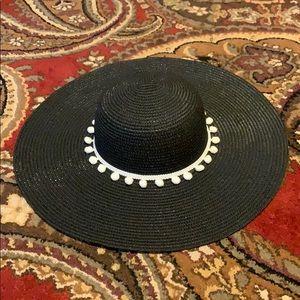 Accessories - Pom Pom  Floppy Hat